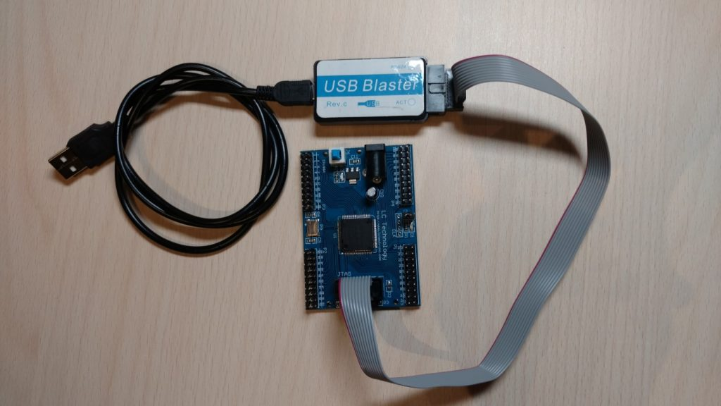 MAX II CPLD USB Blaster Connection